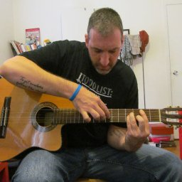 Ian C. Bouras looping live in Utica